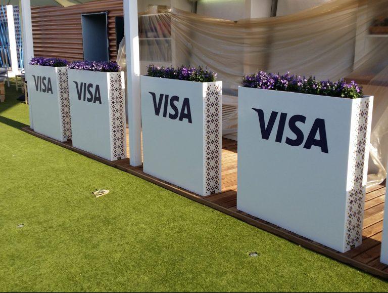 3 sponsor branding of terrace at mobile world congress