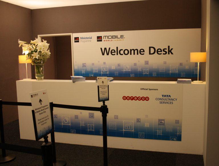 5 high quality digital prints to event congress welcome desk
